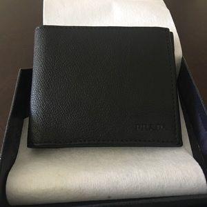 New authentic Men's Prada wallet